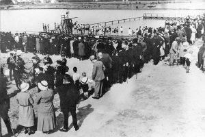 1939: Schwimmfest Wasser hat keine Balken